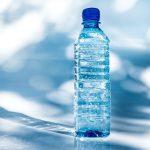 vattenflaska med tryck PET